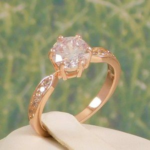 Gorgeous Vintage-style Right Hand Ring